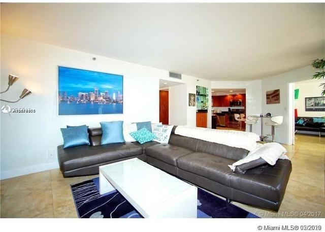 2 Bedrooms, Hallandale Beach Rental in Miami, FL for $2,000 - Photo 1