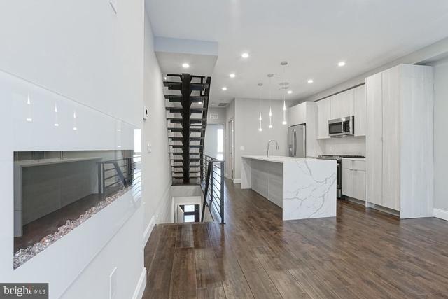 3 Bedrooms, Fairmount - Art Museum Rental in Philadelphia, PA for $2,499 - Photo 1