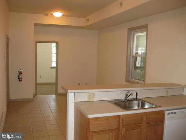 2 Bedrooms, Avenue of the Arts North Rental in Philadelphia, PA for $1,050 - Photo 2