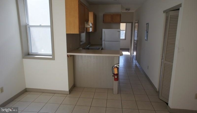 3 Bedrooms, Avenue of the Arts North Rental in Philadelphia, PA for $920 - Photo 2