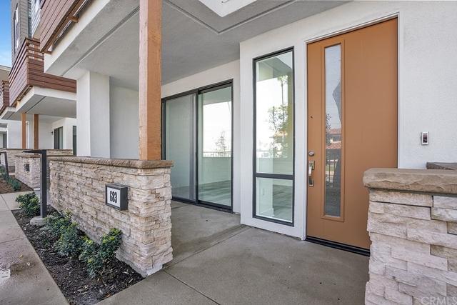 3 Bedrooms, Westside Costa Mesa Rental in Los Angeles, CA for $4,000 - Photo 2