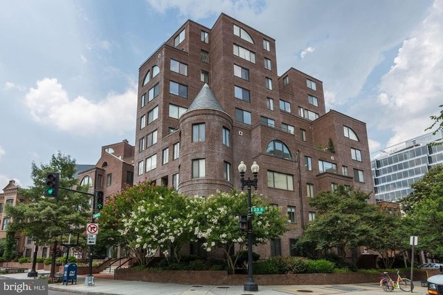2 Bedrooms, West End Rental in Washington, DC for $3,000 - Photo 1