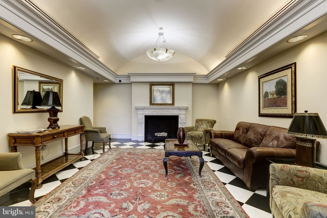 2 Bedrooms, West End Rental in Washington, DC for $3,900 - Photo 2