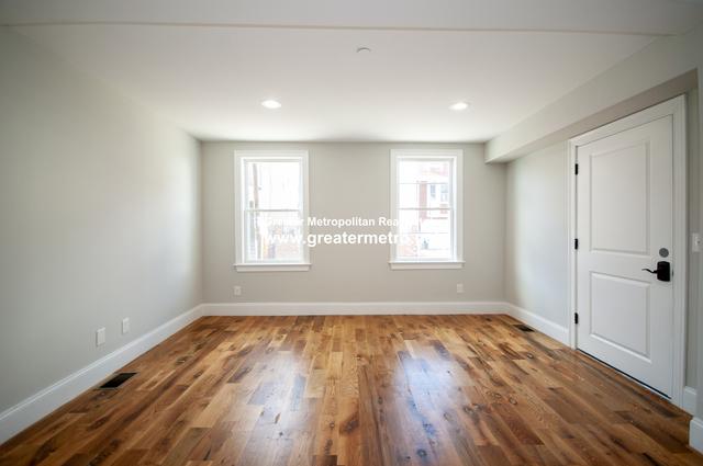 2 Bedrooms, Central Maverick Square - Paris Street Rental in Boston, MA for $2,700 - Photo 2