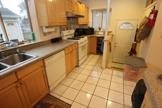 5 Bedrooms, North Allston Rental in Boston, MA for $4,000 - Photo 2