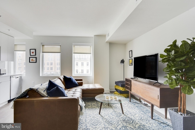 2 Bedrooms, Dupont Circle Rental in Washington, DC for $5,999 - Photo 1