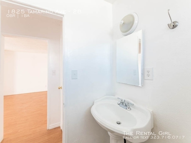 Studio, Hollywood United Rental in Los Angeles, CA for $1,450 - Photo 2