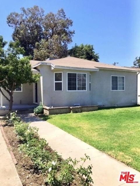 2 Bedrooms, Van Nuys Rental in Los Angeles, CA for $2,295 - Photo 2