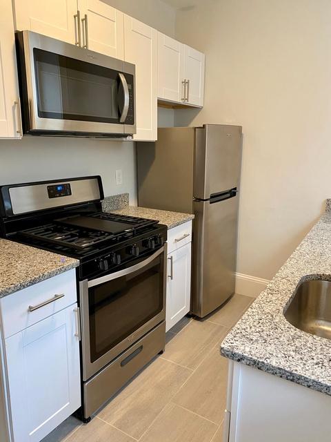 2 Bedrooms, Arlington Center Rental in Boston, MA for $2,000 - Photo 1