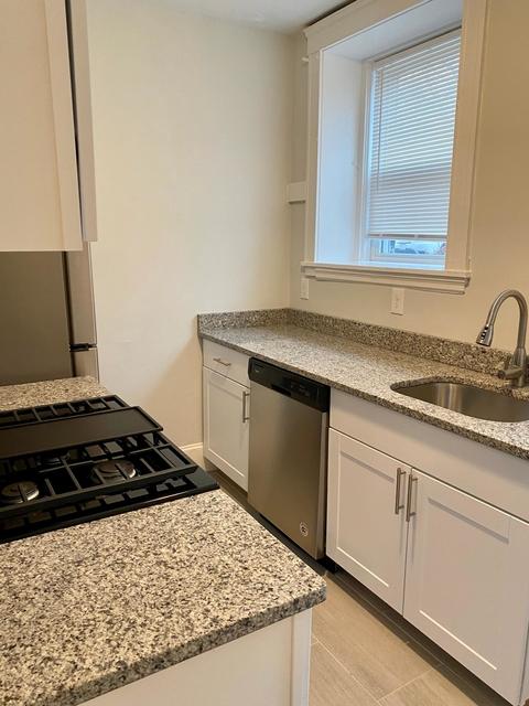 2 Bedrooms, Arlington Center Rental in Boston, MA for $2,000 - Photo 2