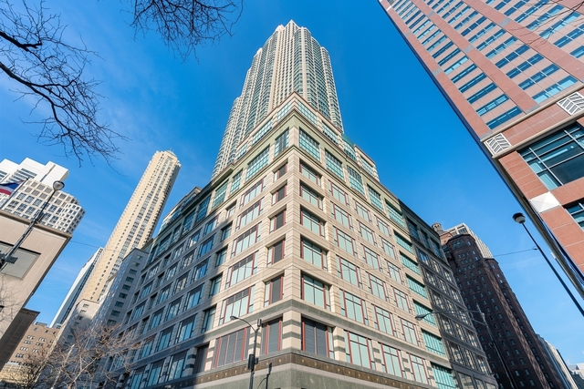 2 Bedrooms, Magnificent Mile Rental in Chicago, IL for $6,000 - Photo 1