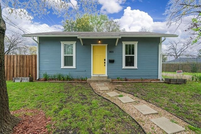 2 Bedrooms, Kidd Springs Heights Rental in Dallas for $1,600 - Photo 2