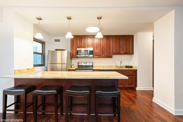 1 Bedroom, Magnificent Mile Rental in Chicago, IL for $2,200 - Photo 2