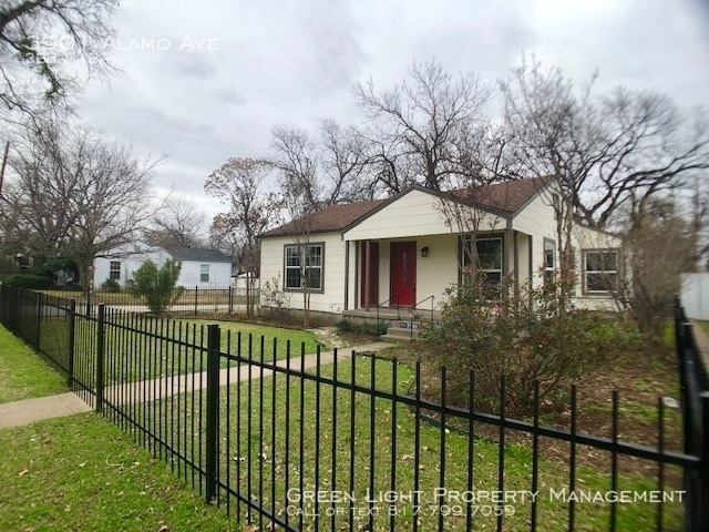 3 Bedrooms, Factory Place Rental in Dallas for $1,550 - Photo 2