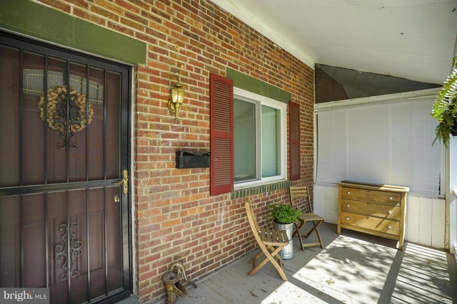 2 Bedrooms, Lynhaven Rental in Washington, DC for $2,500 - Photo 2