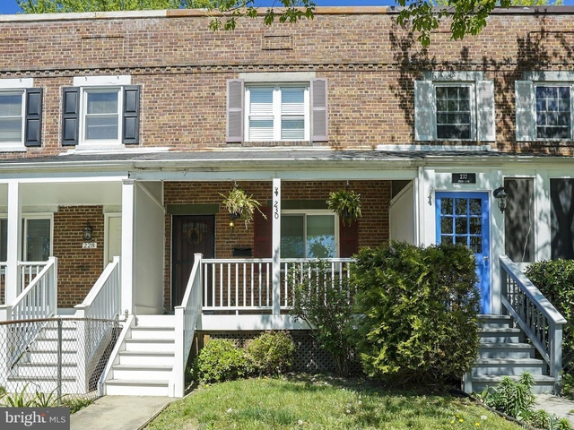 2 Bedrooms, Lynhaven Rental in Washington, DC for $2,500 - Photo 1