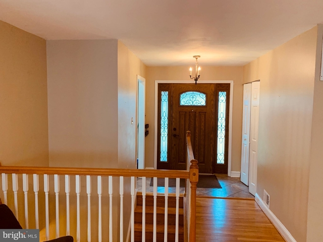 4 Bedrooms, West End Rental in Washington, DC for $2,800 - Photo 2