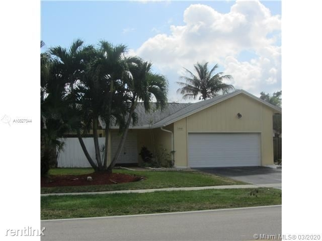 3 Bedrooms, Pebble Creek Rental in Miami, FL for $2,750 - Photo 1
