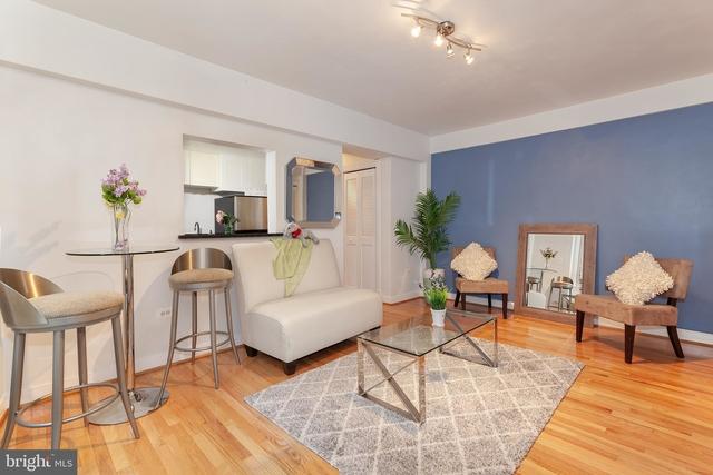 1 Bedroom, Adams Morgan Rental in Washington, DC for $2,000 - Photo 2