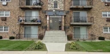2 Bedrooms, Calumet City Rental in Chicago, IL for $950 - Photo 1