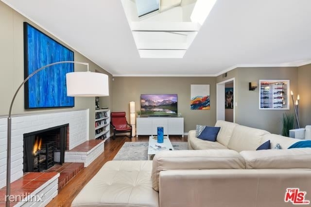 3 Bedrooms, Westwood Rental in Los Angeles, CA for $9,800 - Photo 2