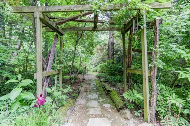 4 Bedrooms, Brookhaven Lakes Rental in Atlanta, GA for $5,600 - Photo 1