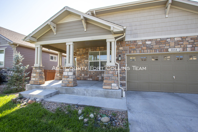 3 Bedrooms, Trail Head Rental in Fort Collins, CO for $2,050 - Photo 2