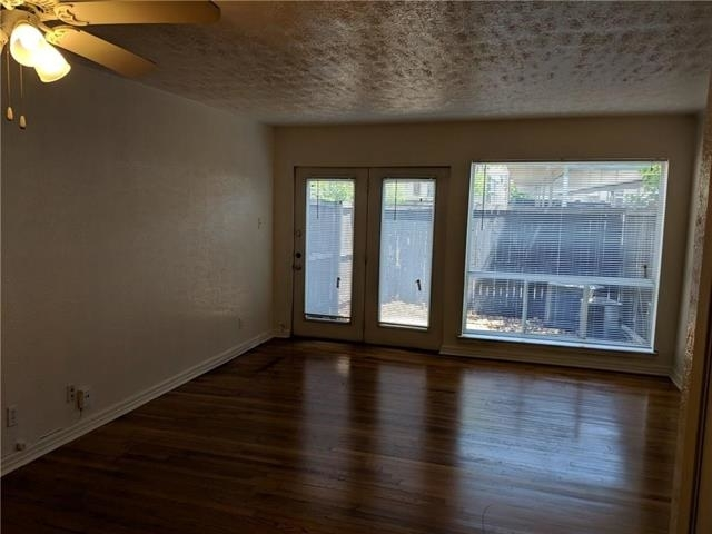 2 Bedrooms, Lower Greenville Rental in Dallas for $1,295 - Photo 2