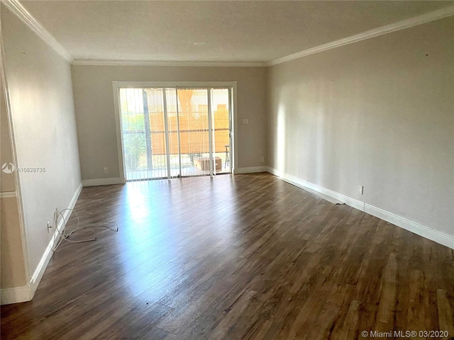 3 Bedrooms, Forest Hills Rental in Miami, FL for $1,850 - Photo 2