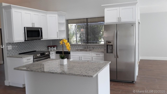 3 Bedrooms, The Crossbow Rental in Miami, FL for $2,800 - Photo 2