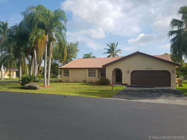 3 Bedrooms, The Crossbow Rental in Miami, FL for $2,800 - Photo 1