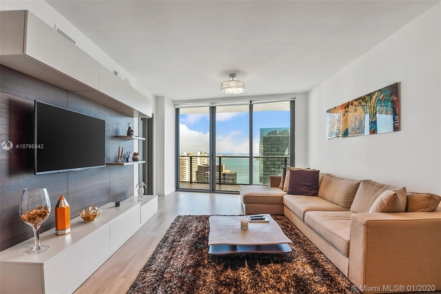 2 Bedrooms, Brickell Rental in Miami, FL for $4,200 - Photo 1