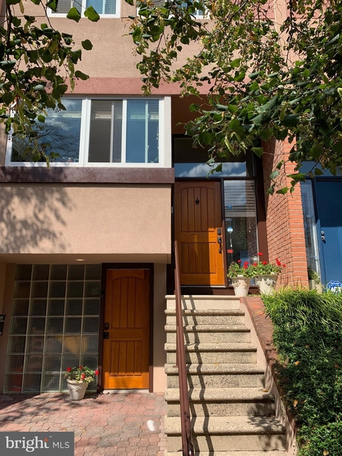 3 Bedrooms, Fairmount - Art Museum Rental in Philadelphia, PA for $2,900 - Photo 1