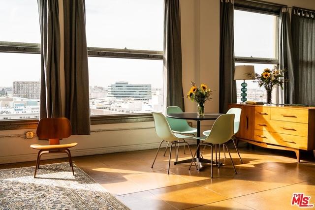 1 Bedroom, Gallery Row Rental in Los Angeles, CA for $2,200 - Photo 2