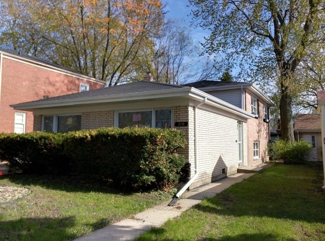 3 Bedrooms, Riverdale Rental in Chicago, IL for $1,550 - Photo 1