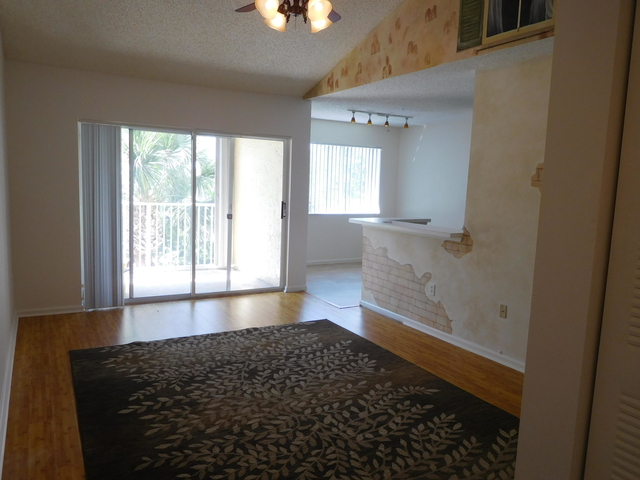 1 Bedroom, Lighthouse Cove Condominiums Rental in Miami, FL for $1,350 - Photo 2