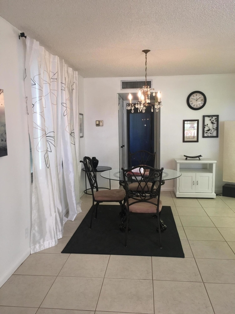 1 Bedroom, Kings Point Flanders Rental in Miami, FL for $1,150 - Photo 1
