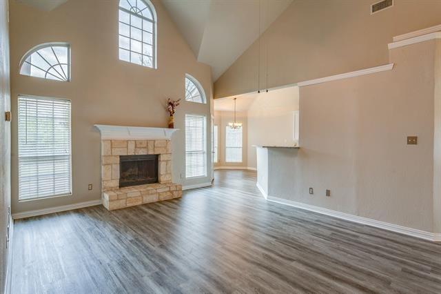 4 Bedrooms, Valley Creek Rental in Dallas for $1,990 - Photo 2