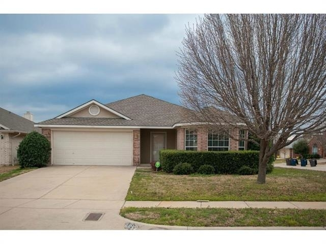 3 Bedrooms, Coventry Hills Rental in Dallas for $1,675 - Photo 1