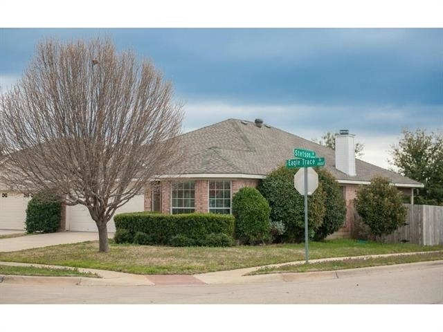 3 Bedrooms, Coventry Hills Rental in Dallas for $1,675 - Photo 2
