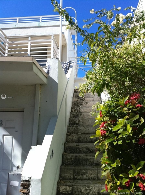 1 Bedroom, South Pointe Rental in Miami, FL for $1,650 - Photo 2