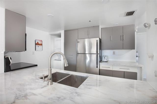 2 Bedrooms, Omni International Rental in Miami, FL for $2,500 - Photo 1