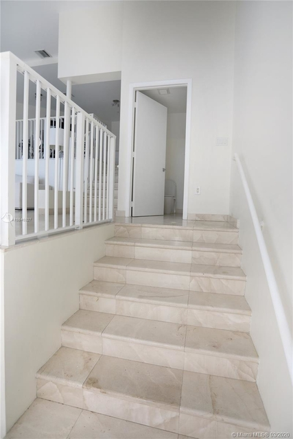 2 Bedrooms, South Pointe Rental in Miami, FL for $6,000 - Photo 2