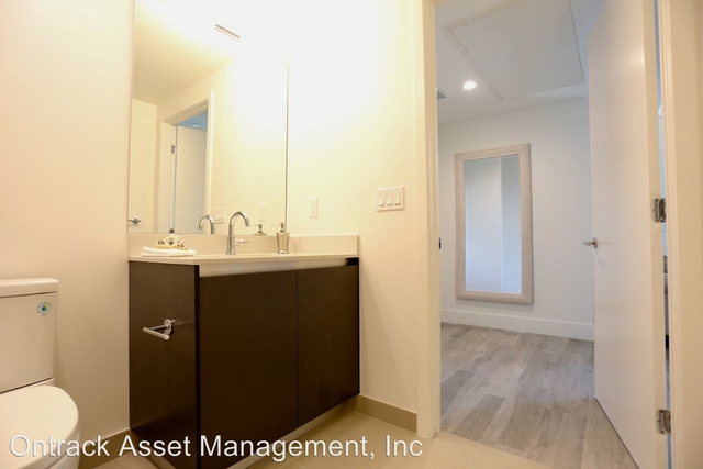 2 Bedrooms, NoHo Arts District Rental in Los Angeles, CA for $2,975 - Photo 2