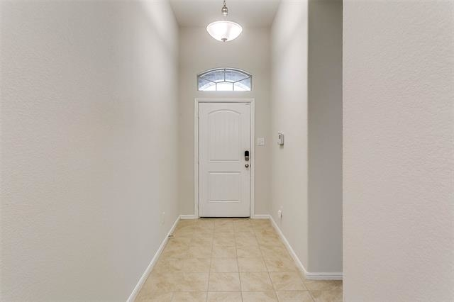 4 Bedrooms, Tarrant County Rental in Dallas for $1,695 - Photo 2