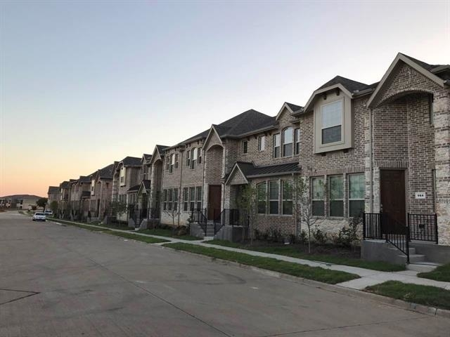 3 Bedrooms, Lakeridge Townhomes Rental in Dallas for $1,995 - Photo 2