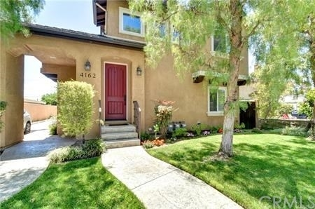 3 Bedrooms, Apartment Row Rental in Los Angeles, CA for $2,900 - Photo 2