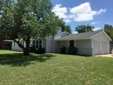 3 Bedrooms, Wedgwood Square Rental in Dallas for $1,400 - Photo 1