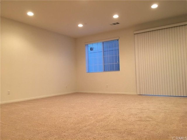 3 Bedrooms, North Claremont Rental in Los Angeles, CA for $2,700 - Photo 2