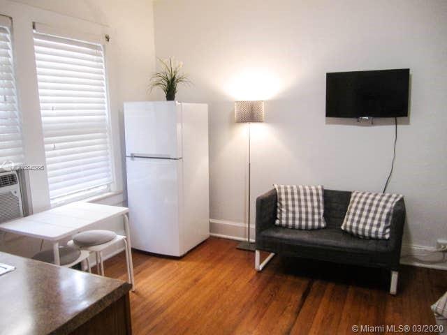 Studio, Douglas Rental in Miami, FL for $1,200 - Photo 1